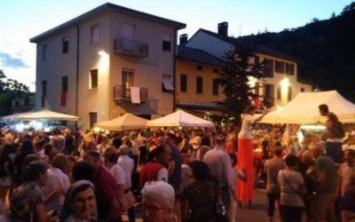 Piazza in festa | Albese con Cassano